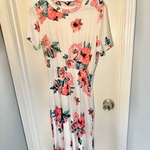 Floral short-sleeve Maxi Dress